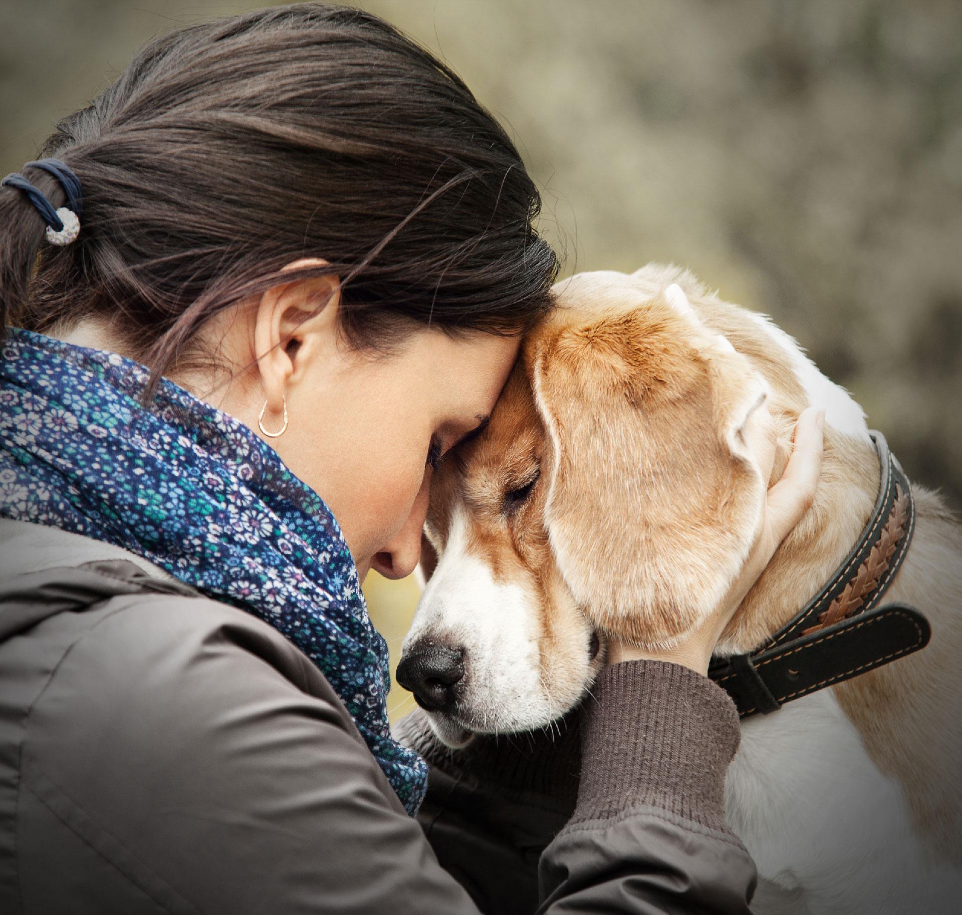 Frau hund mit ich_habe_sex_mit_meinem_hund —